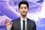 Tampang Song Joong Ki di Foto Baru Jadi Hot Topic