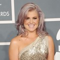 Kelly Osbourne di Red Carpet Grammy Awards 2012