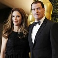 Kelly Preston dan John Travolta di Academy of Motion Picture Arts and Sciences 2011