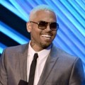 Chris Brown di Panggung MTV VMAs 2012