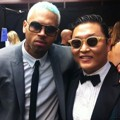 PSY dan Chris Brown di MTV VMAs 2012