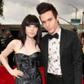 Carly Rae Jepsen dan Matthew Koma di Red Carpet Grammy Awards 2013