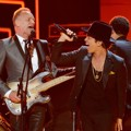 Penampilan Sting dan Bruno Mars di Grammy Awards 2013