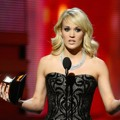 Carrie Underwood Raih Piala Best Country Solo Performance