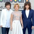 The Band Perry di Blue Carpet Billboard Music Awards 2013