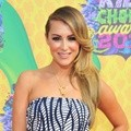 Alexa Vega di Orange Carpet Kids' Choice Awards 2014