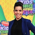 America Ferrera di Orange Carpet Kids' Choice Awards 2014