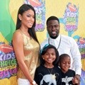 Kevin Hart dan Keluarga di Orange Carpet Kids' Choice Awards 2014