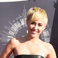 Miley Cyrus di Red Carpet MTV Video Music Awards 2014