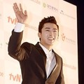 Son Ho Joon di Red Carpet APAN Star Awards 2014