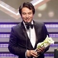 Jo Jae Hyun Raih Piala Long-length Drama Best Male Acting