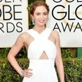 Emily Blunt di Red Carpet Golden Globe Awards 2015