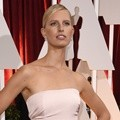 Karolina Kurkova di Red Carpet Oscar 2015