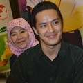 Morgan Oey Hadiri Syukuran Film 'Jilbab Traveler: Love Spark in Korea'