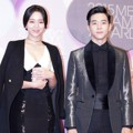 Shin Hye Sun dan Park Yoohwan di Red Carpet MBC Drama Awards 2015