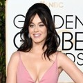 Katy Perry di Red Carpet Golden Globes Awards 2016