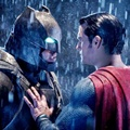 Batman dan Superman Duel di Film 'Batman v Superman: Dawn of Justice'