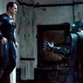 Batman Bersiap Melawan Superman di Film 'Batman v Superman: Dawn of Justice'