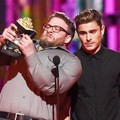Seth Rogen dan Zac Efron di MTV Movie Awards 2016