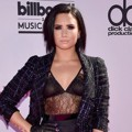 Demi Lovato di Red Carpet Billboard Music Awards 2016
