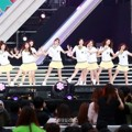 IOI Nyanyikan Lagu 'Dream Girls' di Dream Concert 2016