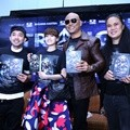 Launching Novel 'Triangle The Dark Side'