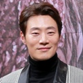 Lee Hee Joon di Jumpa Pers Drama 'Legend of the Blue Sea'