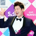 Jun Hyun Moo di SBS Entertainment Awards 2016