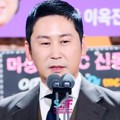 Shin Dong Yup Raih Piala Daesang di SBS Entertainment Awards 2016
