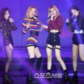 Black Pink Tampil Nyanyikan Lagu 'Play With Fire ' di Seoul Music Awards 2017