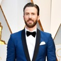 Chris Evans di Red Carpet Oscar 2017