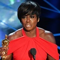 Viola Davis Raih Piala Best Supporting Actress
