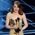 Emma Stone Raih Piala Best Actress