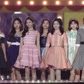 Twice Nyanyikan Lagu 'Likey' di MelOn Music Awards 2017