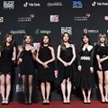 Cosmic Girls hadir di red carpet MAMA 2018 Hong Kong.