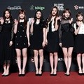 IZ*ONE hadir di red carpet MAMA 2018 Hong Kong.