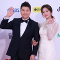 Jun Hyun Moo dan Jo Bo Ah di Red Carpet SBS Gayo Daejun 2018