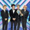 BTS sukses mendapat 2 piala kategori 2019 Global V Live Top 10 Best Artist dan Bonsang di Golden Disc Awards 2019 divisi digital.