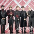 Stray Kids meraih piala Rookie of the Year di Golden Disc Awards 2019 divisi album fisik.